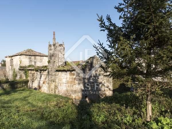428m² House / Villa for sale in Pontevedra, Galicia