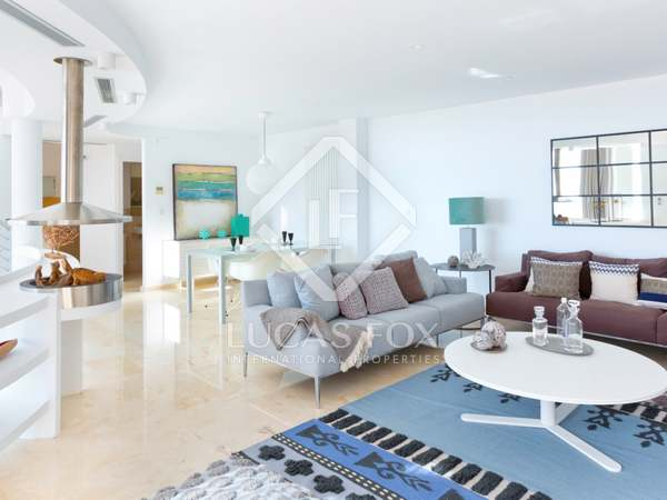 208m² House / Villa with 72m² terrace for sale in Altea