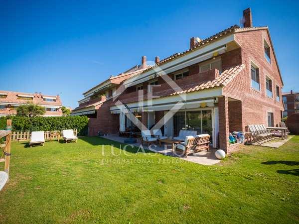 Casa / Vil·la de 500m² en venda a Gavà Mar, Barcelona