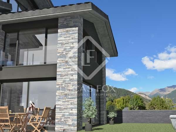 625m² House / Villa with 282m² garden for sale in La Massana