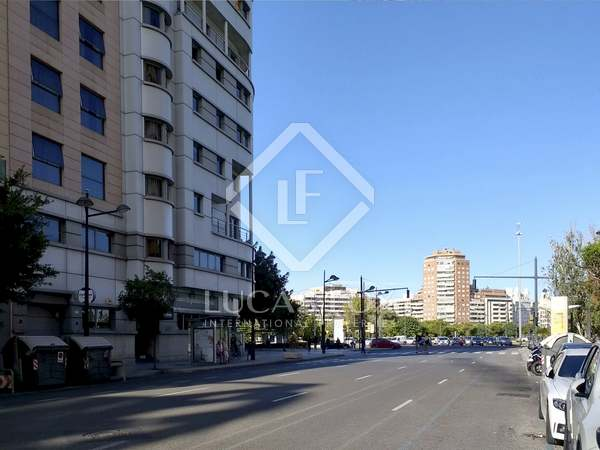 1,090 m² building with 144 m² terrace for sale in Pla de Real