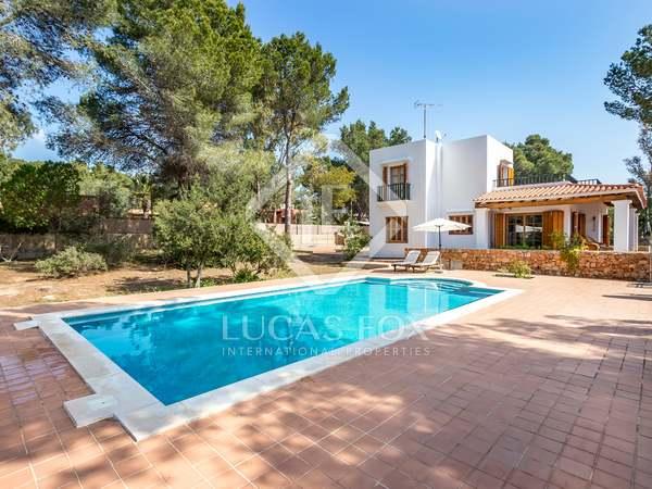 Huis / Villa van 200m² te koop in San José, Ibiza