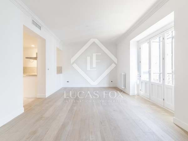 Piso de 148m² en venta en Almagro, Madrid