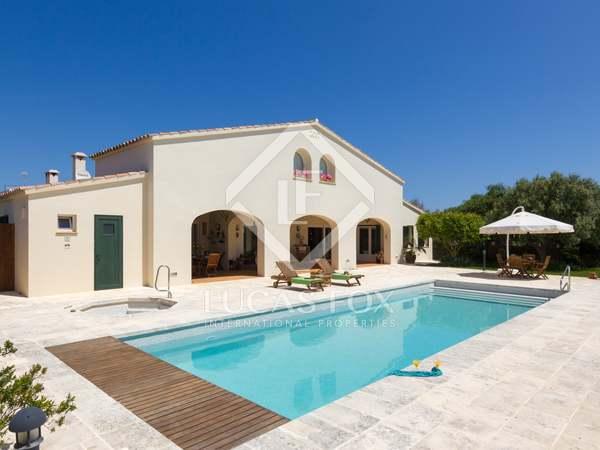 Casa / Vil·la de 500m² en venda a Menorca, Espanya