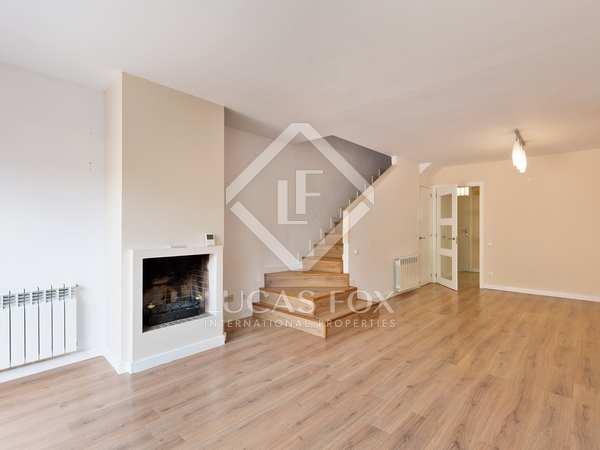 190m² Haus / Villa mit 30m² terrasse zur Miete in Sant Cugat