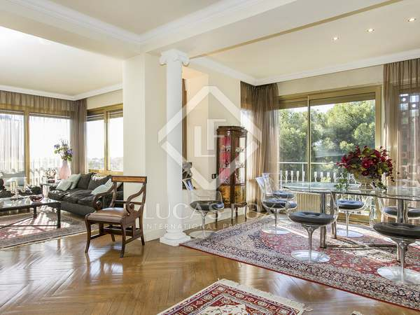 300m² Apartment for rent in Pedralbes, Barcelona