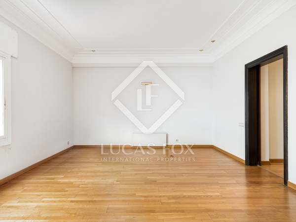 127m² Apartment for sale in Sant Gervasi - Galvany
