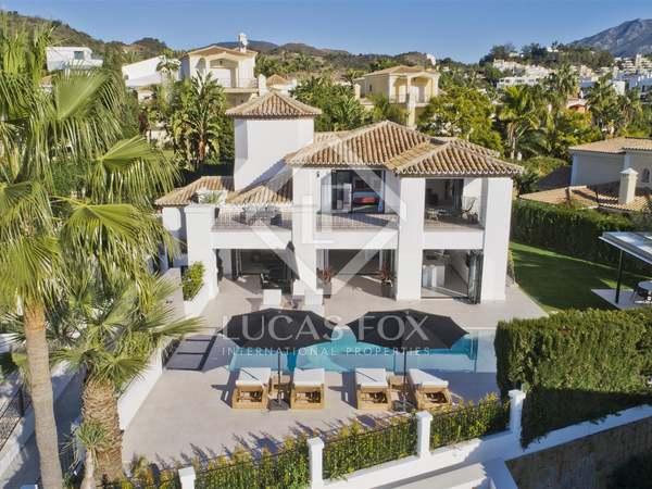 Huis / Villa van 520m² te koop met 73m² terras in Nueva Andalucía