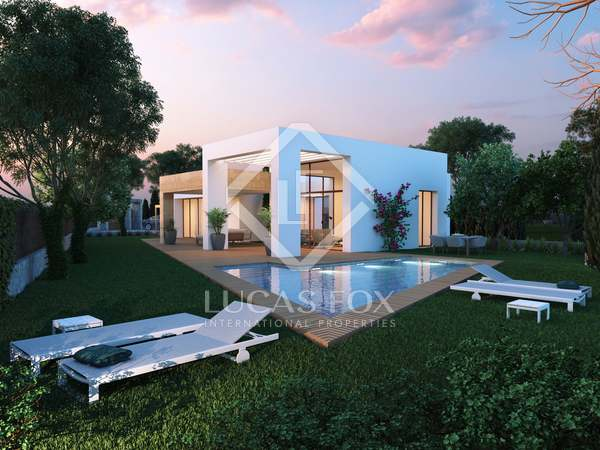150m² House / Villa with 772m² garden for sale in Jávea