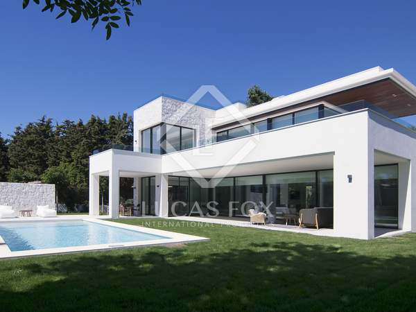 New luxury villa for sale in Guadalmina Baja, Marbella