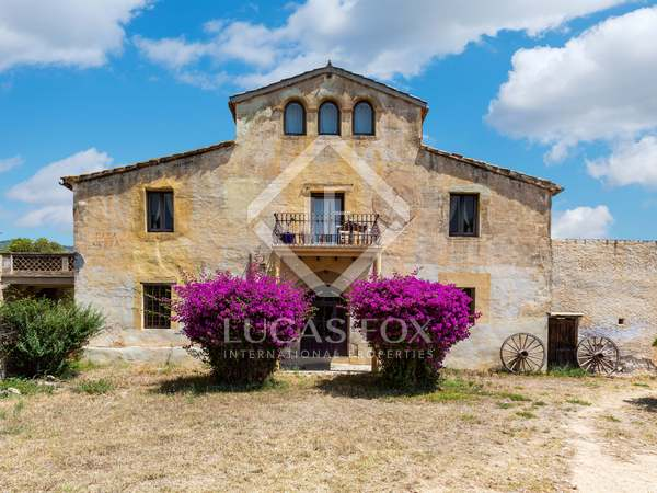 606m² Country house for sale in Tiana, Barcelona