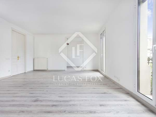 155m² Apartment for rent in Eixample Right, Barcelona
