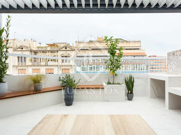 89m² Penthouse with 28m² terrace for sale in Sant Gervasi - Galvany