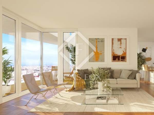 Penthouse van 357m² te koop met 146m² terras in Palacio de Congresos