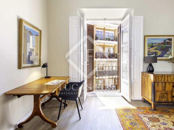 145m² Apartment for sale in Centro / Malagueta, Málaga