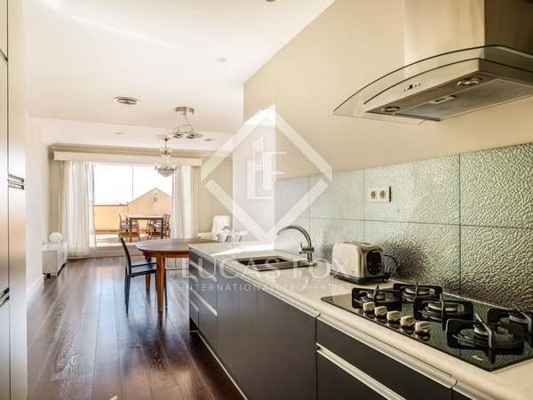 Ático de 98 m² con 18 m² terraza en venta en Eixample Derecho
