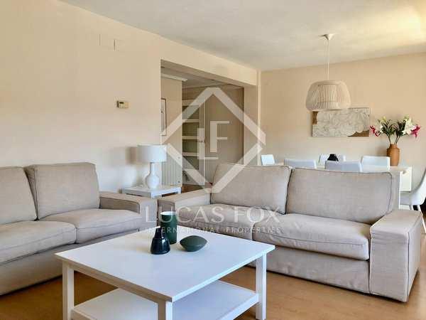 Piso de 133m² con un gran balcón en alquiler en Mestalla