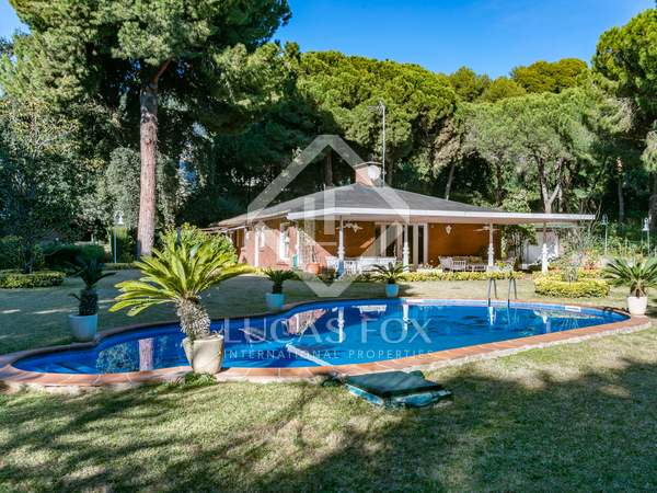 2,260m² House / Villa for sale in Sant Andreu de Llavaneres