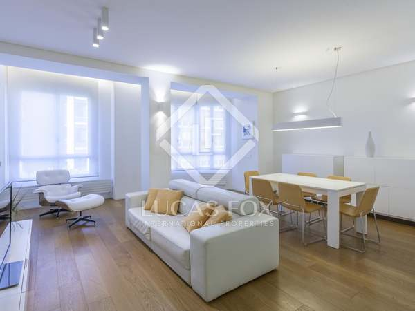 180 m² luxury designer apartment to rent on Calle Colón