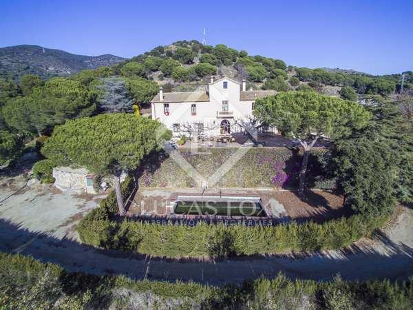 Landhuis van 846m² te koop in Tiana, Barcelona