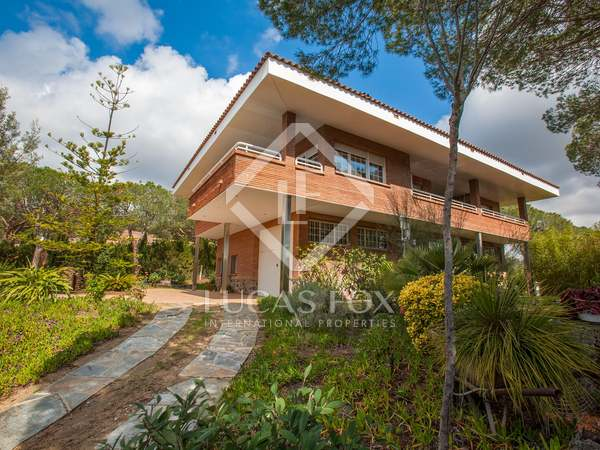 Maison / Villa de 436m² a vendre à Cabrera de Mar, Maresme