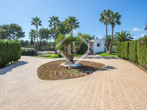 389 m² villa for sale in Santa Eulalia, Ibiza