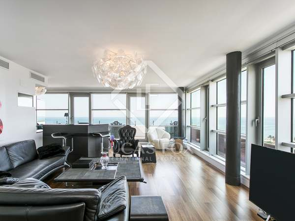 137m² Penthouse with 30m² terrace for sale in Poblenou