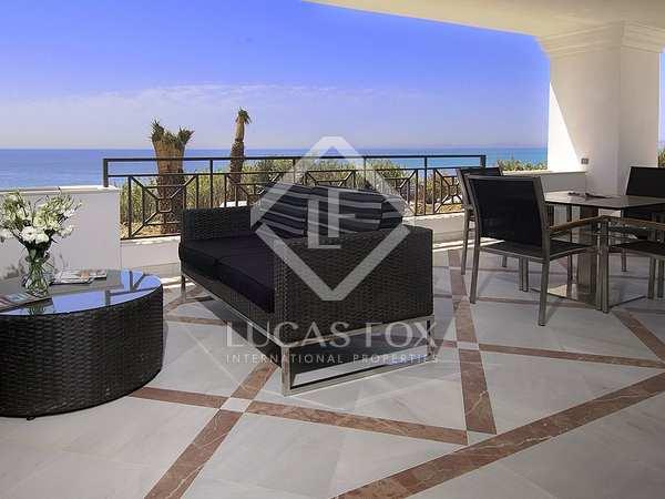 Luxury 1-bedroom beachfront apartments for sale in Estepona