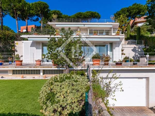 Huis / Villa van 467m² te koop in Teià, Barcelona