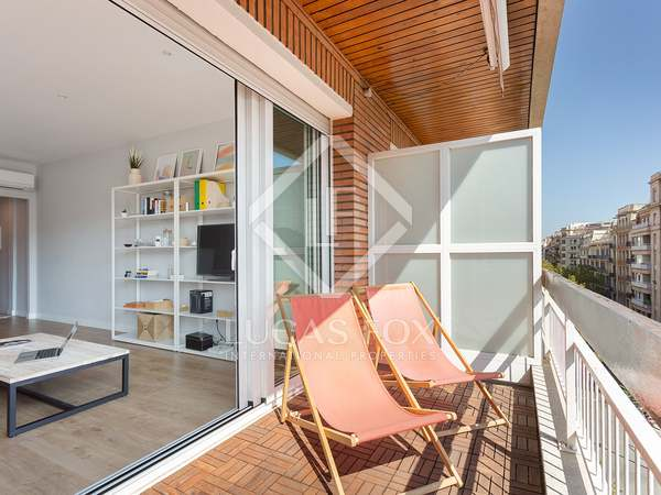 124m² Apartment with 8m² terrace for sale in Eixample Left
