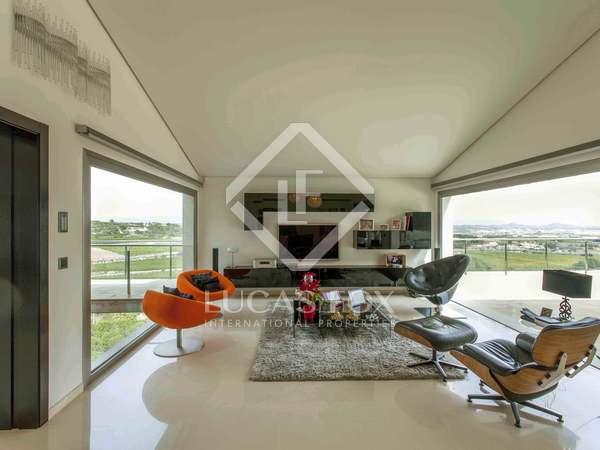 688 m² luxury villa for sale in El Bosque, Chiva, Valencia