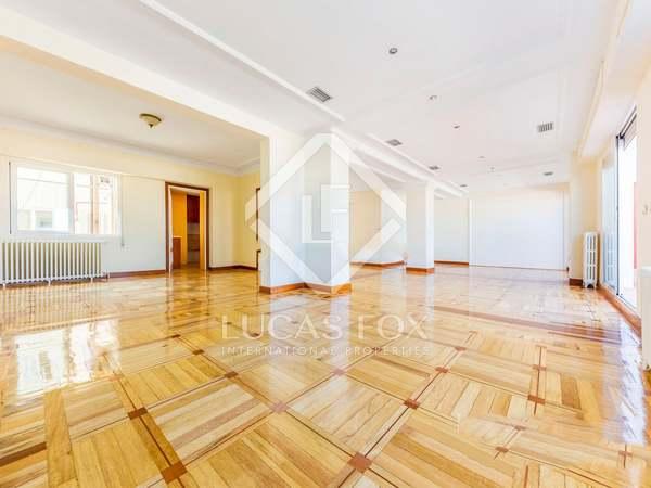 Piso de 314m² con 25m² de terraza en venta en Recoletos