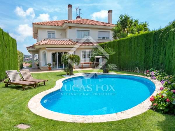 Casa de 390m² en venta en Alella, Maresme