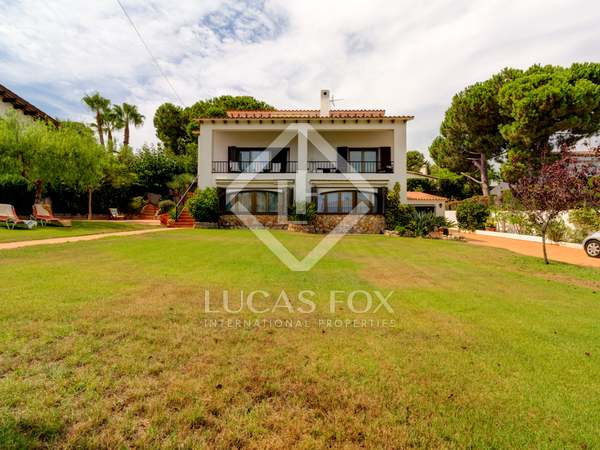 409m² House / Villa for sale in Torredembarra, Costa Dorada