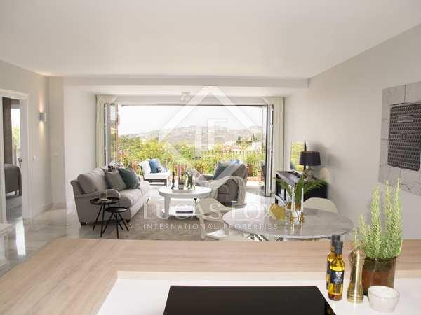 Modern 148 m² apartment for sale in Benahavis, Marbella