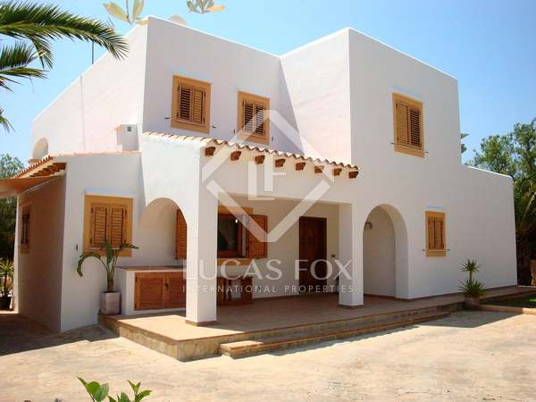300 m² house for sale close to Ibiza Town