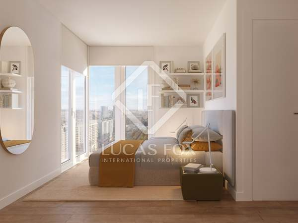 339m² Penthouse with 157m² terrace for sale in Palacio de Congresos