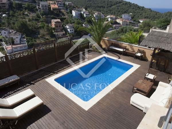 Villa con vistas al mar en venta a solo 3 minutos de Sitges