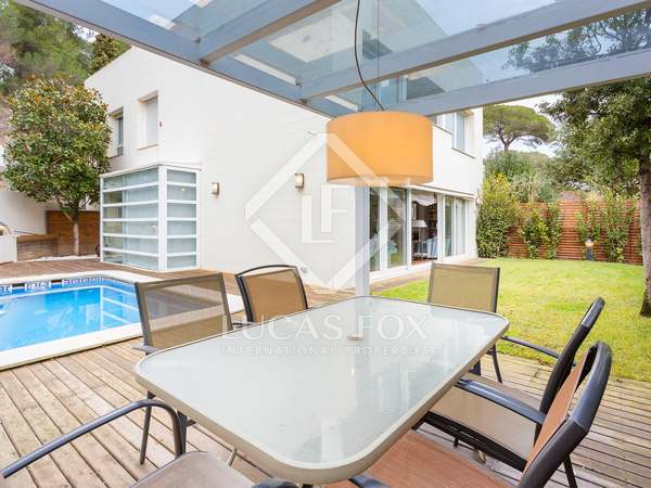 355m² Haus / Villa mit 155m² garten zum Verkauf in Sarrià