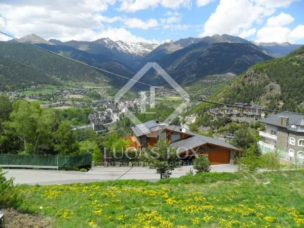 Parcel•les molt ben ubicades en venda a l'exclusiva zona d'Anyós, Andorra. Vistes espectaculars