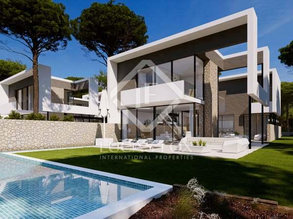 Parcela de 1,163m² en venta en PGA, Girona