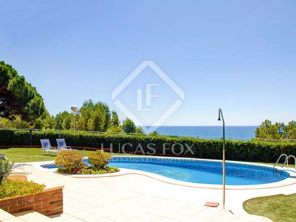 652m² House / Villa for sale in Torredembarra, Tarragona