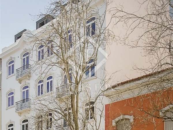 Piso de 245m² con 30m² terraza en venta en Lisboa, Portugal