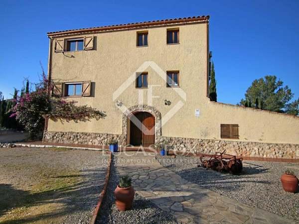 440m² House / Villa for sale in Calafell, Tarragona