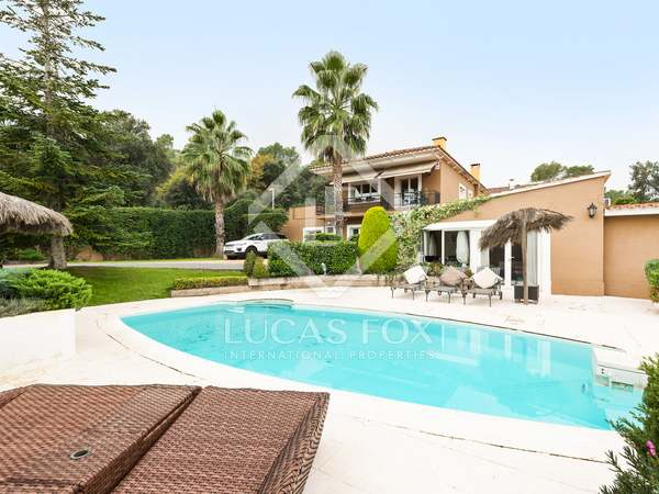 369m² House / Villa for sale in Sant Cugat, Barcelona