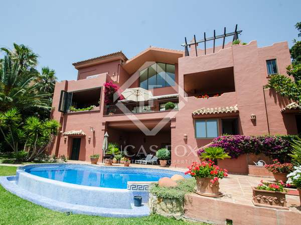 Villa with panoramic views for sale in La Mairena, Marbella