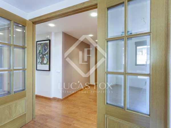 151m² Apartment with 10m² terrace for sale in Ciudad de las Ciencias