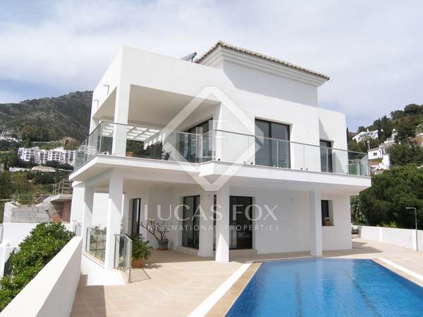 Casa / Vil·la de 318m² en venda a Mijas, Costa del Sol