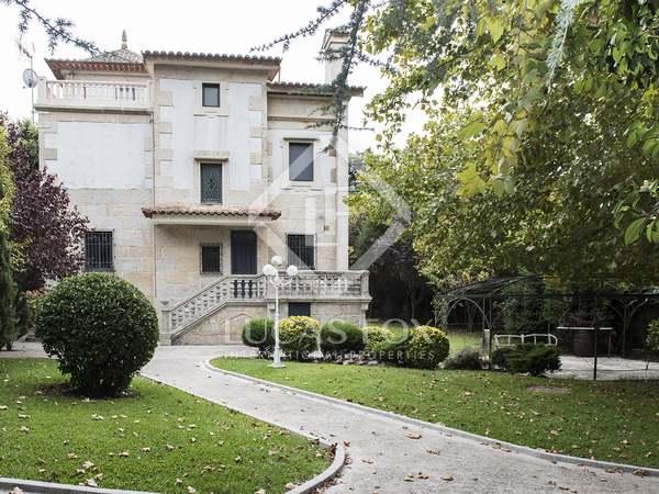 420m² Haus / Villa zum Verkauf in Vigo, Galicia
