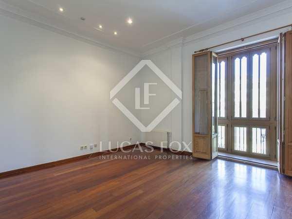 225m² Apartment for rent in La Seu, Valencia
